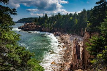 Zelfklevend Fotobehang Diepbruine Monument Cove, Acadia National Park