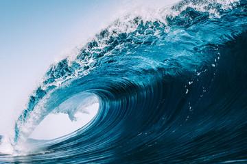 FALA KRYSZTAŁ OCEANU