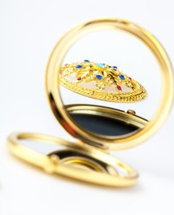Beautiful Gold Round Compact Mirror