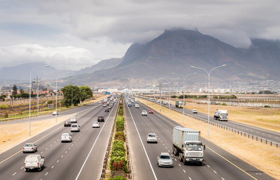 Highway traffic in Cape Town