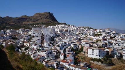 アラブ城から見たスペイン・アロラの町並み