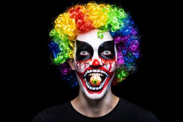 Scary clown make-up for Halloween