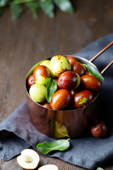Fresh jujube and leaves