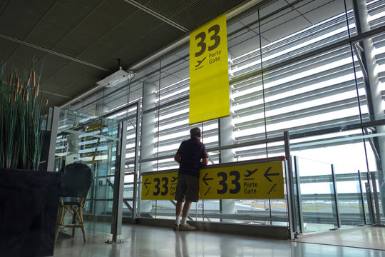 aéroport porte 33
