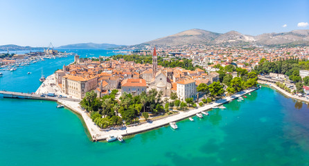 Aerial view of Trogir in summer, Croatia Fototapete