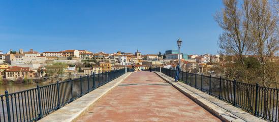Panorama of the old Puente de Piedra bridge in Zamora, Spain
