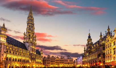 Keuken foto achterwand Brussel Brussels , Grand place in summer twilight ,Belgium