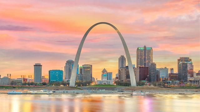 St. Louis downtown city skyline