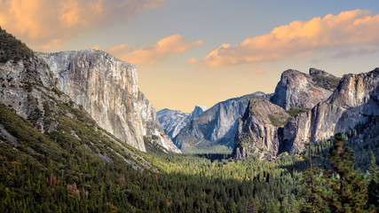 Beautiful view of yosemite national park at sunset in California Wall mural