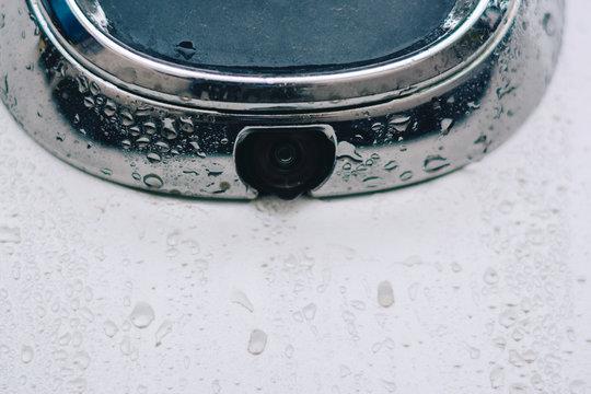 Rear view camera, Behind the car.