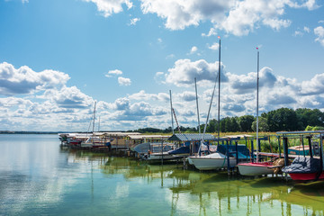 Boote am Unterucksee in Röpersdorf