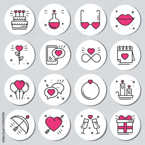 image regarding Printable Round Tags known as St Valentines working day spherical printable stickers fastened. Intimate