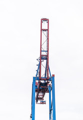 Standing alone harbour crane