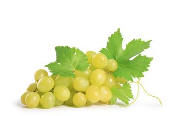 raisin vert, isolé sur fond blanc