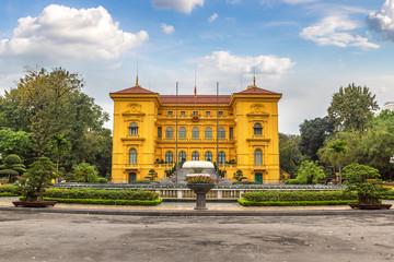 Zelfklevend Fotobehang Asia land Presidential Palace in Hanoi