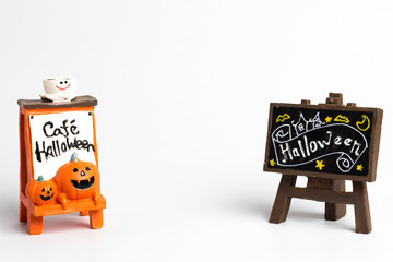 Orange label with a cafe halloween text and brown label with a halloween text and center copy space.