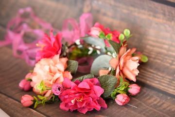 Obraz Wianek z dyżych kwiatów - fototapety do salonu