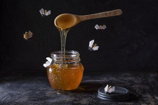 Abejas en la miel
