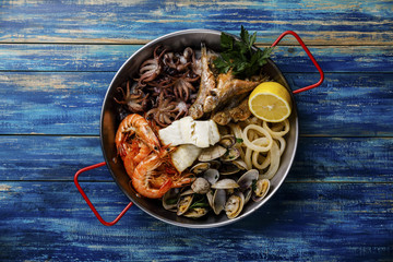 Seafood assorted platter - Prawn Shrimp, Vongole Clams, Squid rings, Octopus mini, roast Mackerel, roasted Codfish..