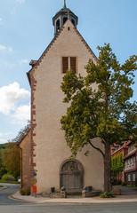 Turm der St.Georg-Kirche in Bad Salzdetfurth, Niedersachsen, Deutschland