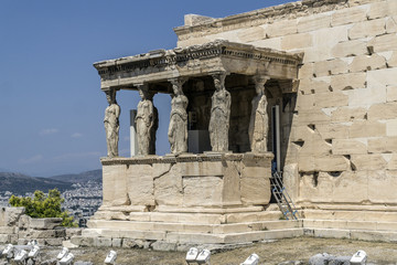 Erechtheum - a temple built on the Acropolis of Athens, dedicated to Poseidon and Athena. On the south side there are characteristic statues known as Caryatids.