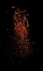 Fotorolgordijn Kruiden Cayenne pepper powder explosion,Flying Cayenne pepper,Motion blur