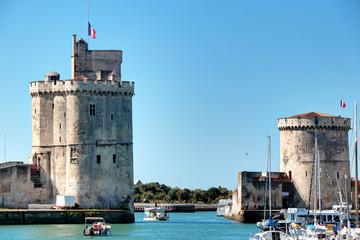 Poster de jardin Port Le port de La Rochelle et ses deux tours