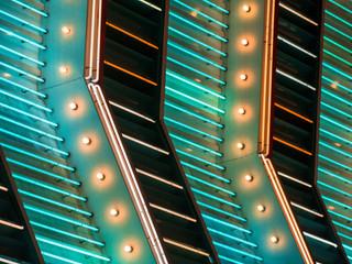Papiers peints Las Vegas Neon lighting on the strip