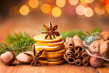 Weihnachten - Duftende Gewürze