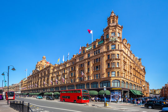 street view of london with famous department stores
