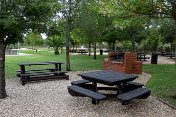 Black Table and Grill at the Park