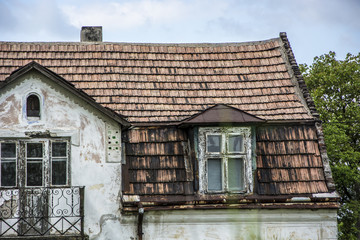 Stary dom dach