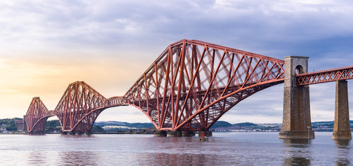 Foto auf AluDibond Bridges The Forth bridge Edinburgh Panorama