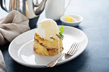 Apple bread pudding with vanilla ice cream