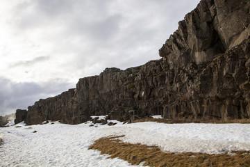 The mighty cliff walls at Thingvellir
