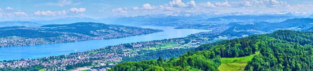 Keuken foto achterwand Europese Plekken Panoramic view over Lake of Zurich in Switzerland / Alps in the background