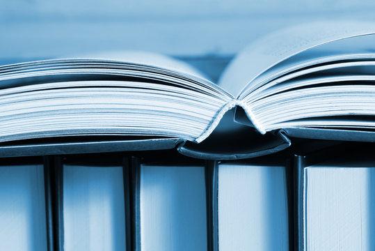 Nahaufnahme von verschiedenen Büchern