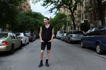 The Wider Image: New Yorkers strut street style