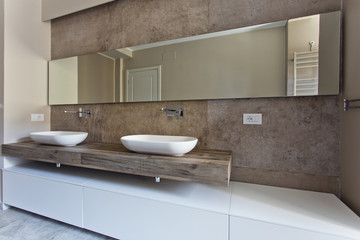 Beautiful and modern bathroom