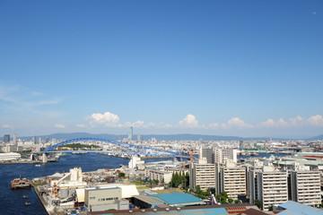 橋の上から見た街