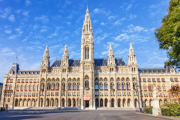 Poster Vienna VIENNA / AUSTRIA - October 19, 2013: Picturesque view of Gothic building of Vienna City Hall. Wiener Rathaus