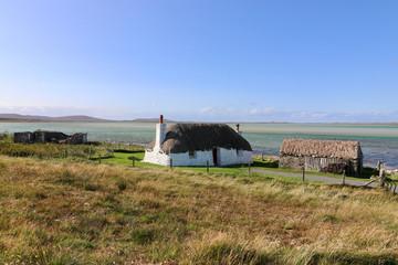historische Haus mit Stall, Malacleit, Nord Uist, Hebriden