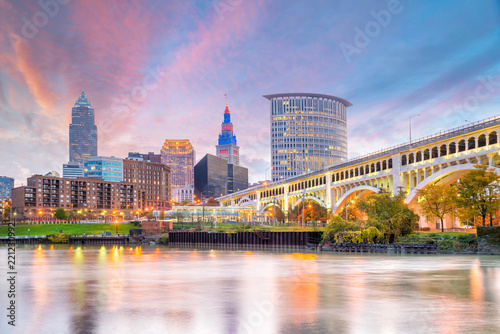 Fotomurales View of downtown Cleveland skyline in Ohio USA