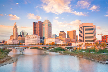 Fototapete - View of downtown Columbus Ohio Skyline at Sunset