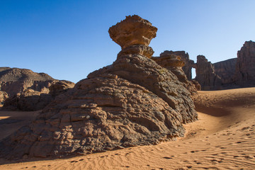 Poster Algerije Amazing rock formation in Tadrart Rouge. Tassili n'Ajjer National Park, Algeria