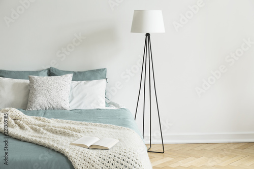 Minimal And Simple White Wall And Parquet Bedroom Interior With A Gorgeous Simple White Bedroom Interior