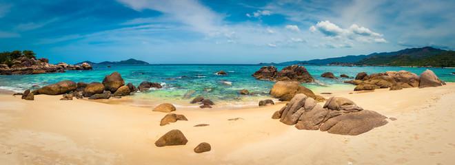 Printed kitchen splashbacks Beige White sand beach. Vietnam. Panorama