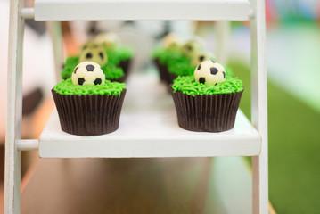 Cupcakes football theme - Green