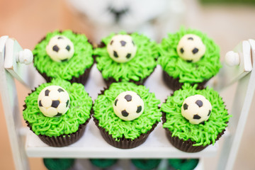 Cupcakes football theme - Green