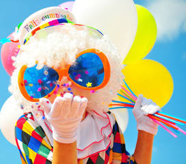 Spoed Foto op Canvas Carnaval funny clown with balloons